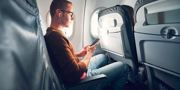 Tips para sobrellevar un vuelo largo